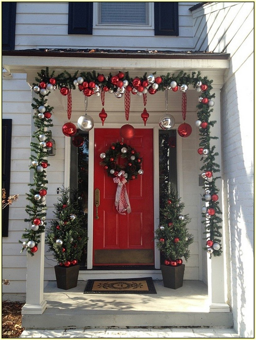 10 Nice Front Porch Christmas Decorating Ideas front porch christmas decorations home design ideas 2020