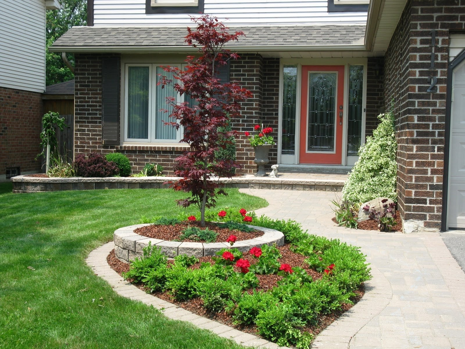 10 Spectacular Cheap Landscaping Ideas For Front Yard front yard awesome makeover photo concept small makeovers before and 2021