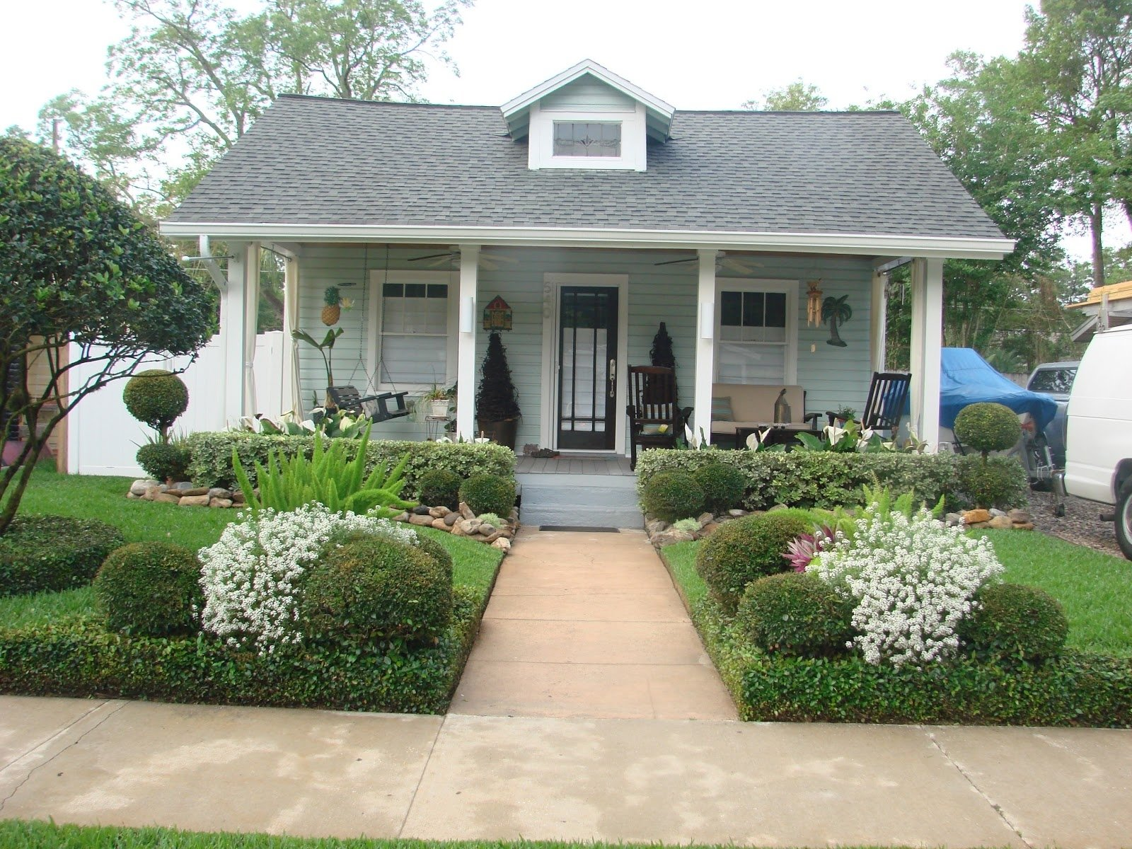 10 Fantastic Cottage Landscaping Ideas For Front Yard front yard cottage landscaping impressive pictures inspirations