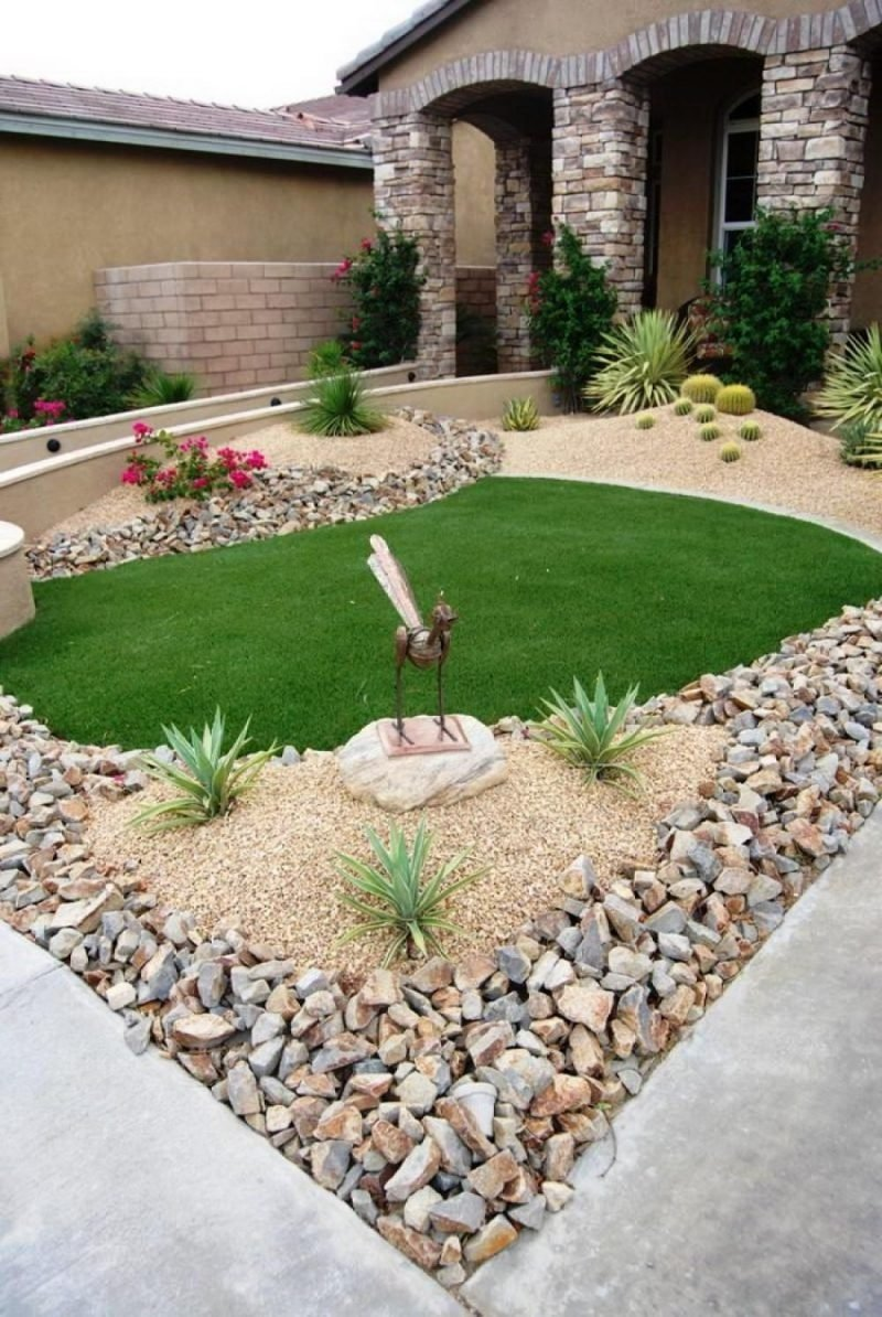 10 Attractive Low Maintenance Landscaping Ideas For Front Yard front yard download front yard low maintenance landscaping ideas 2 2021