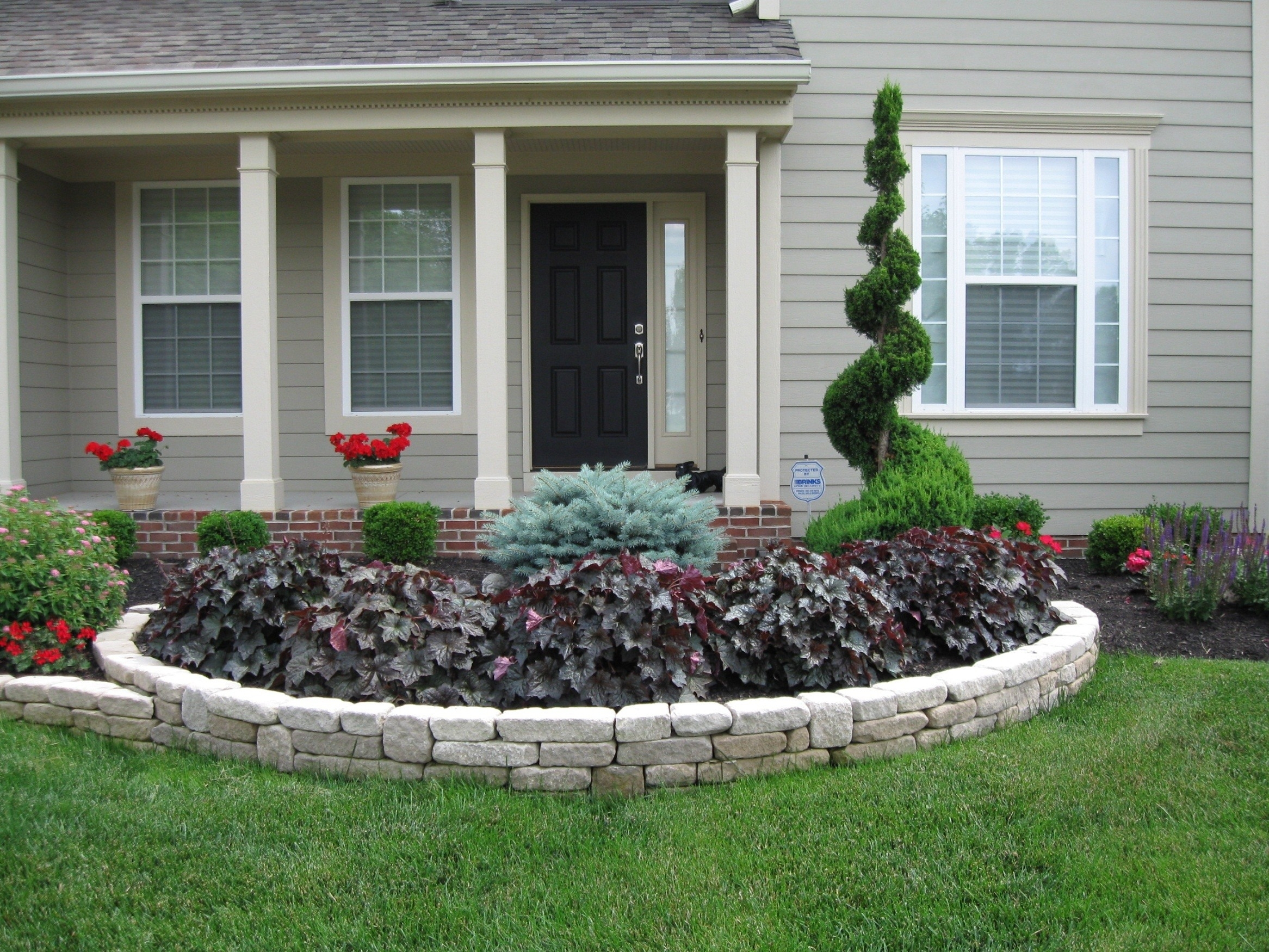 10 Lovely Flower Beds Ideas Front Yard front yard flower bed landscaping ideas exterior design ideas