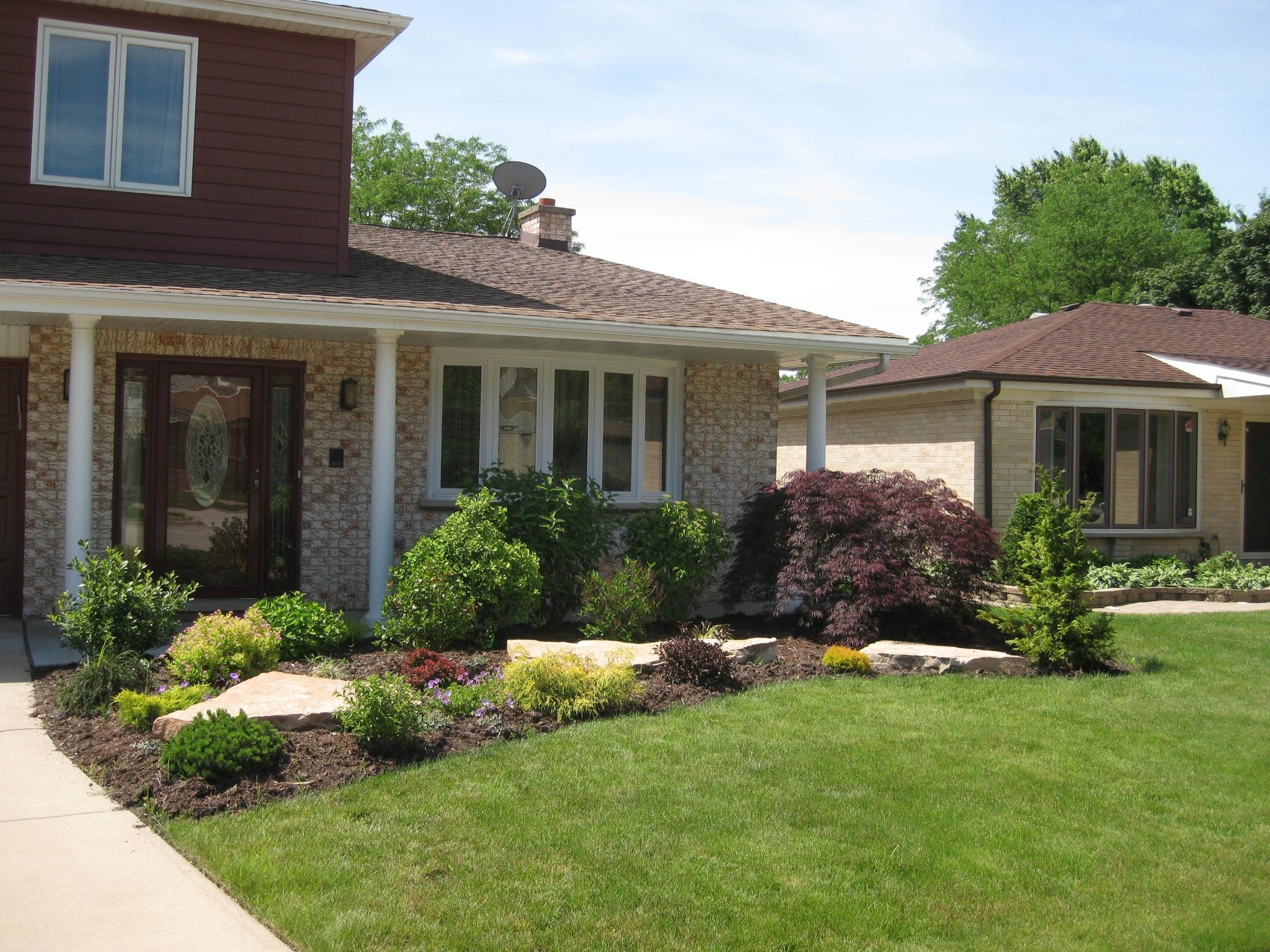 10 Great Landscaping Ideas For Front Of House front yard imposing landscape designs for front of house picture