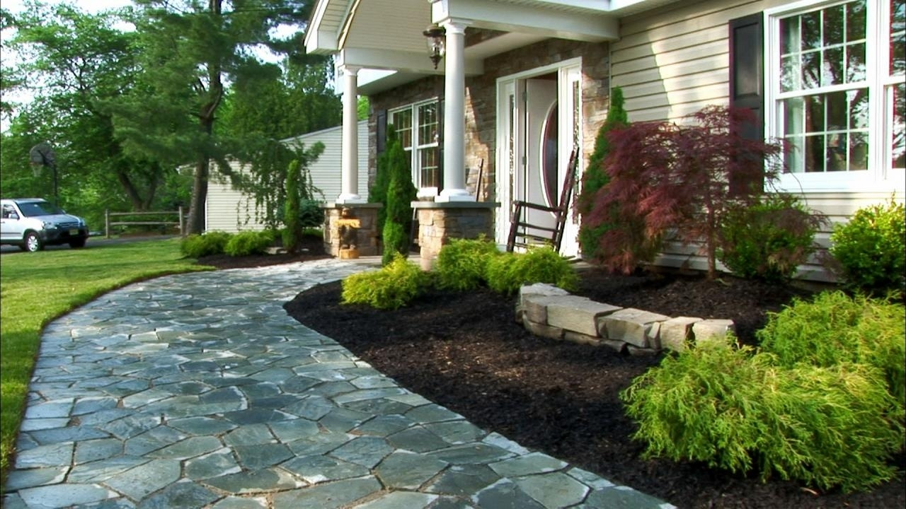 10 Spectacular Front Yard Landscaping Ideas For Small Homes %name 2021