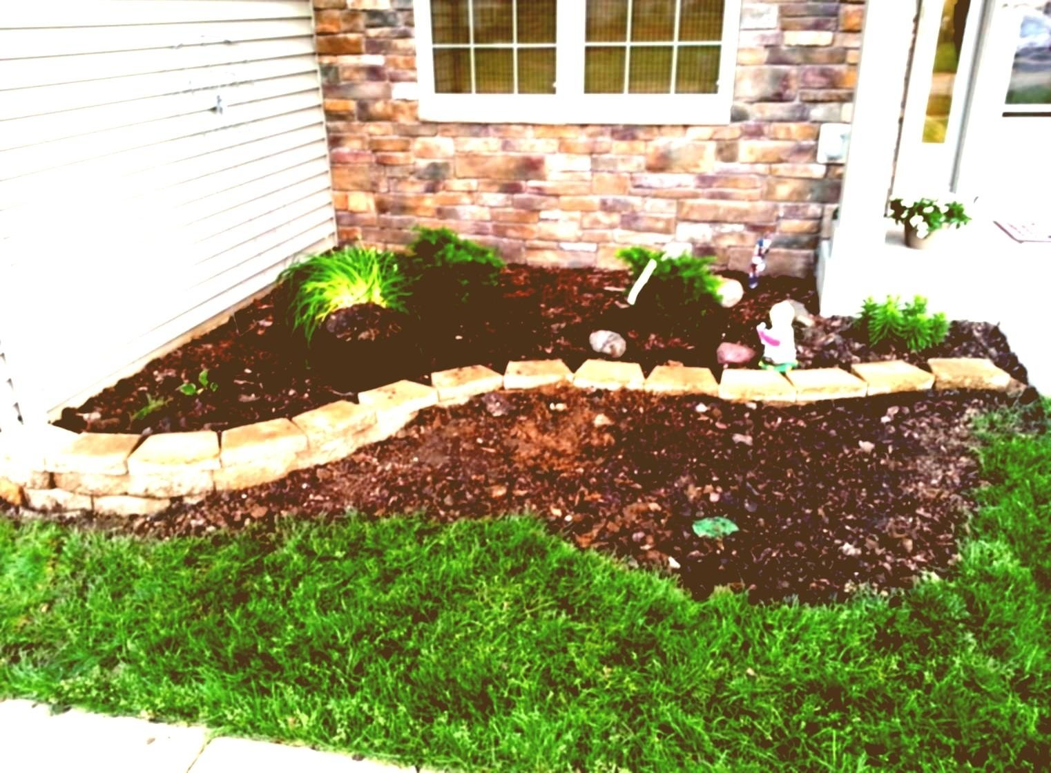 10 Beautiful Landscape Ideas For Small Areas