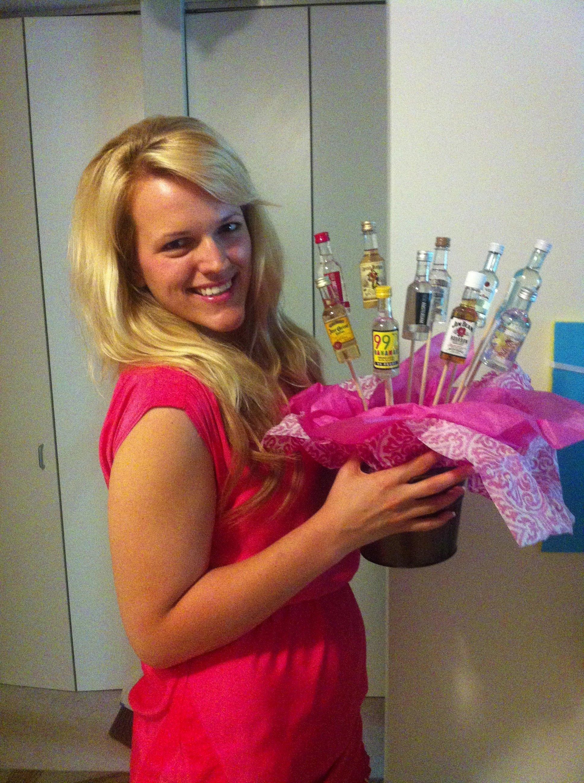 10 Attractive Gift Ideas For 21 Year Old Female Fun 21st Birthday Awkward Vodka