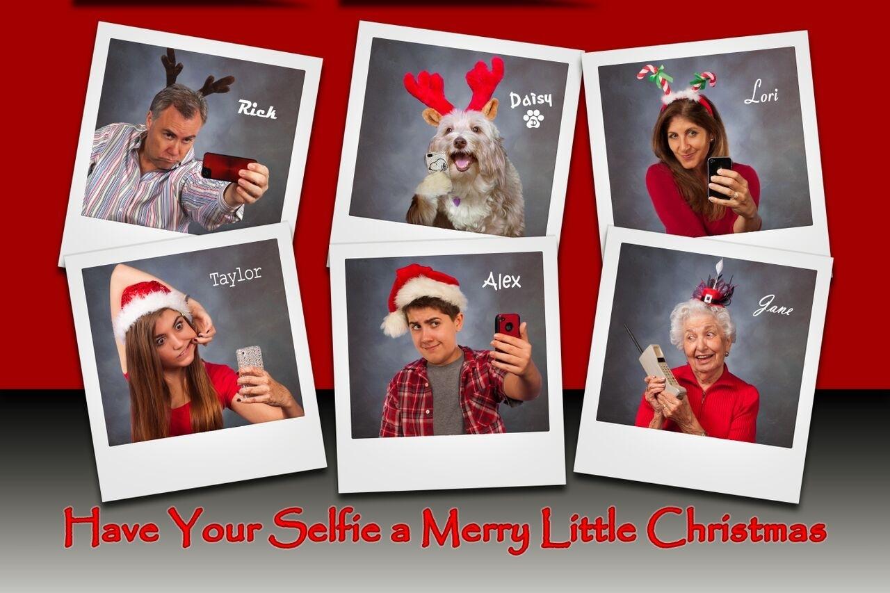 10 Fashionable Creative Christmas Card Photo Ideas %name 2021