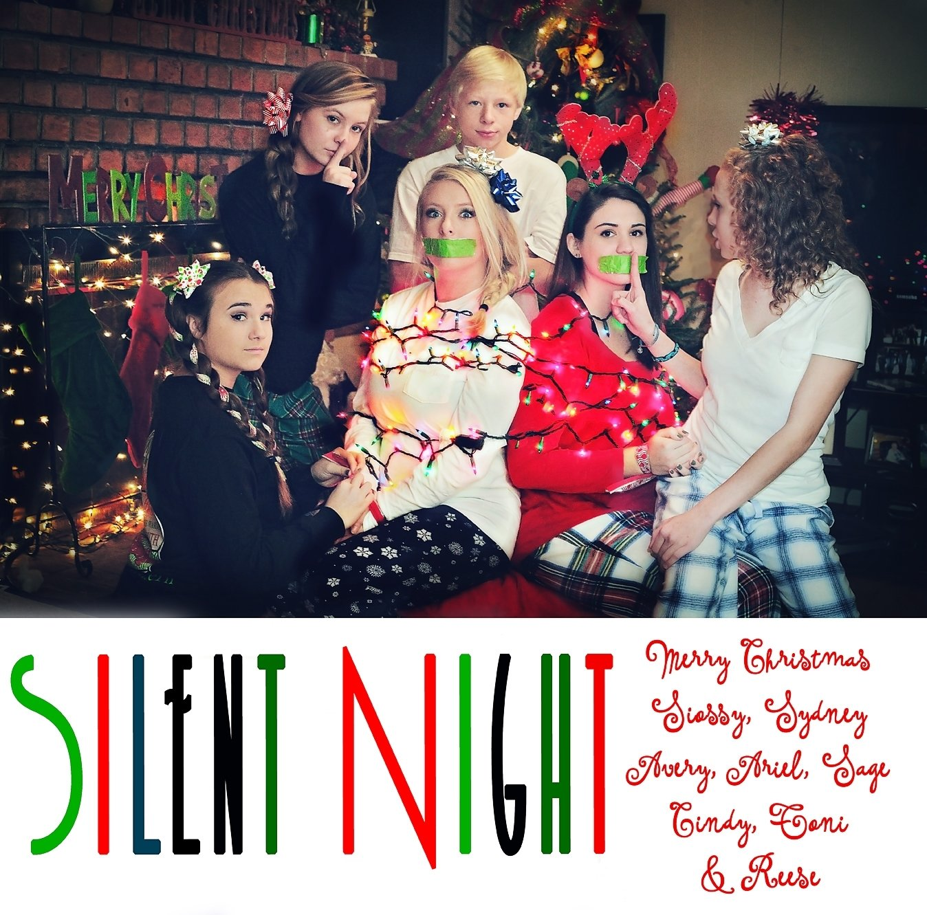 10 Fabulous Unique Family Christmas Photo Ideas fun family christmas card cynthiajillphoto conyers ga silent