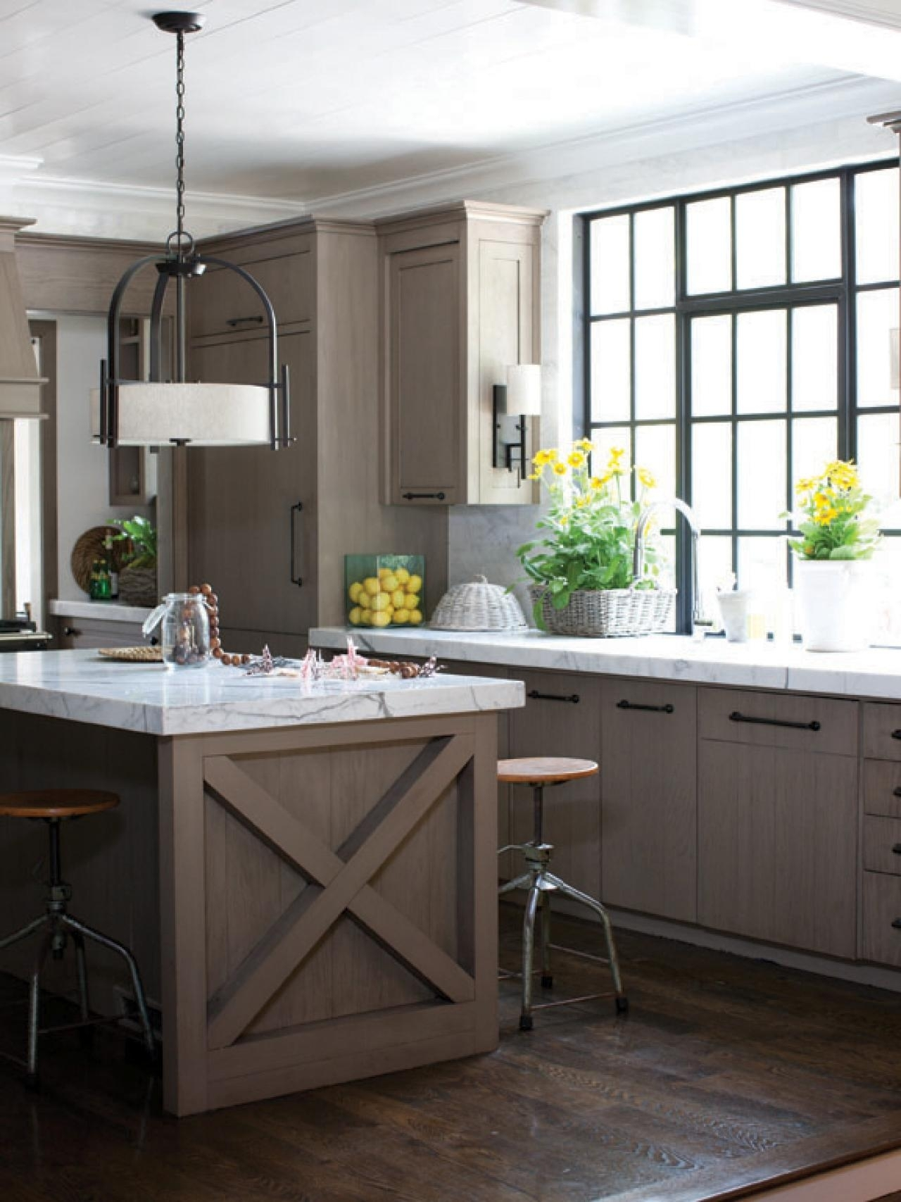 10 Attractive Kitchen Island Lighting Ideas Pictures %name 2020