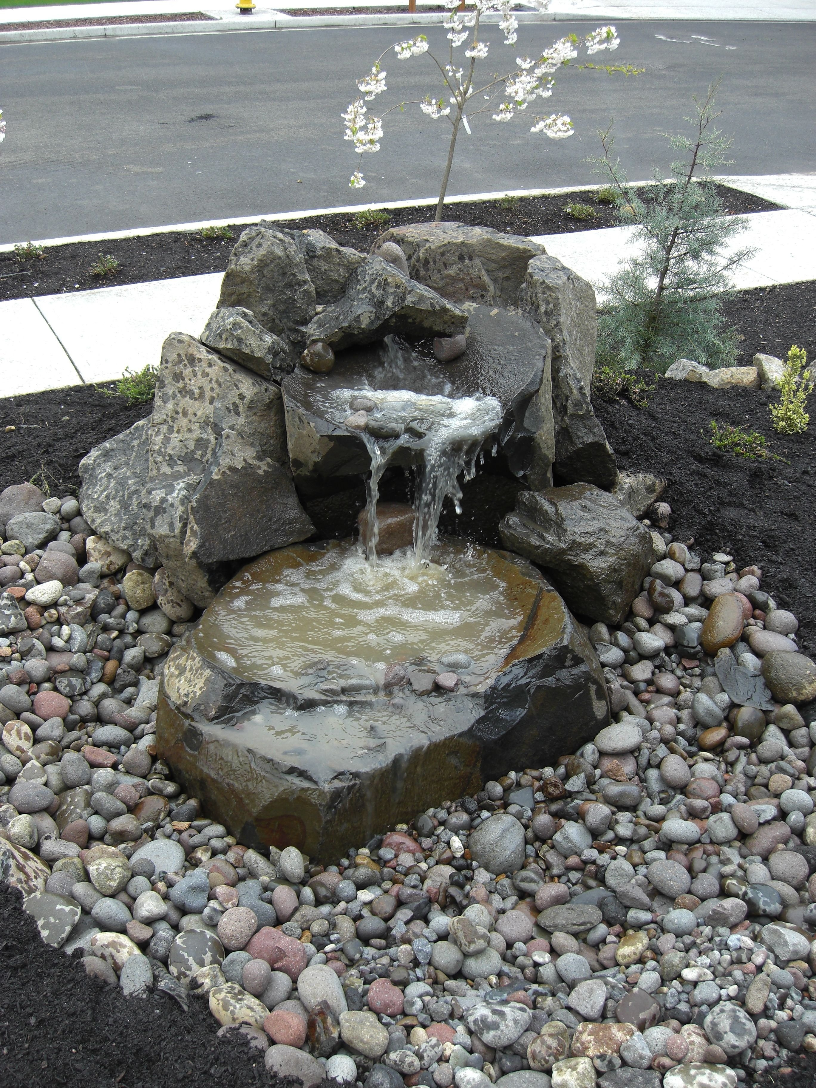 10 Perfect Water Feature Ideas For Small Gardens garden design with small water fountains   small front yard water 2020
