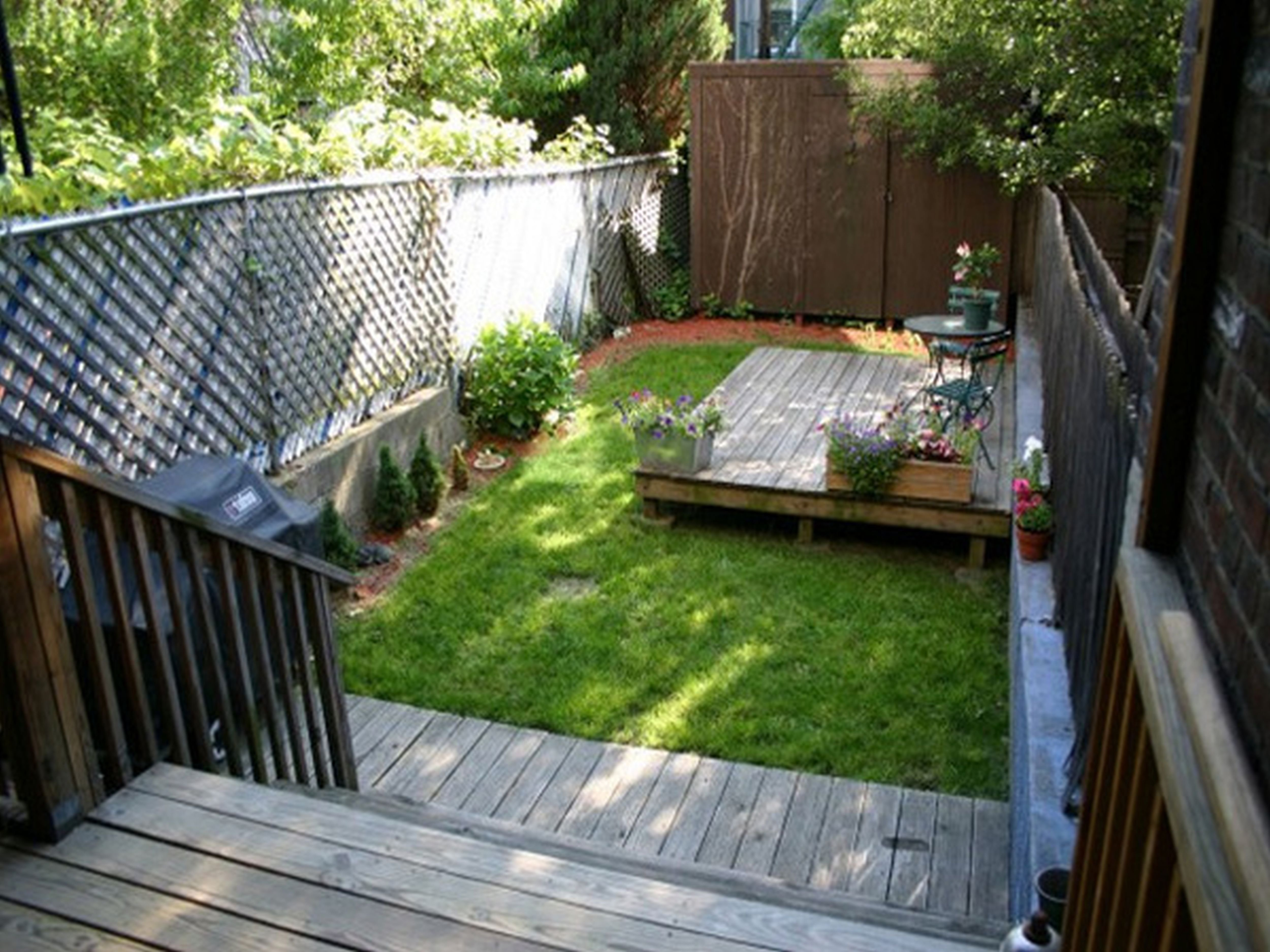 10 Stylish Landscape Ideas For Small Yards garden garden from small yard ideas urban small backyard garden for