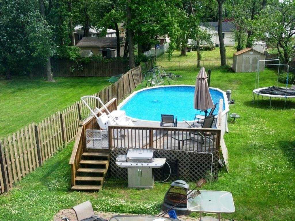 10 Pretty Above Ground Pool Deck Ideas Pictures garden ideas above ground pools deck ideas above ground pool deck 2