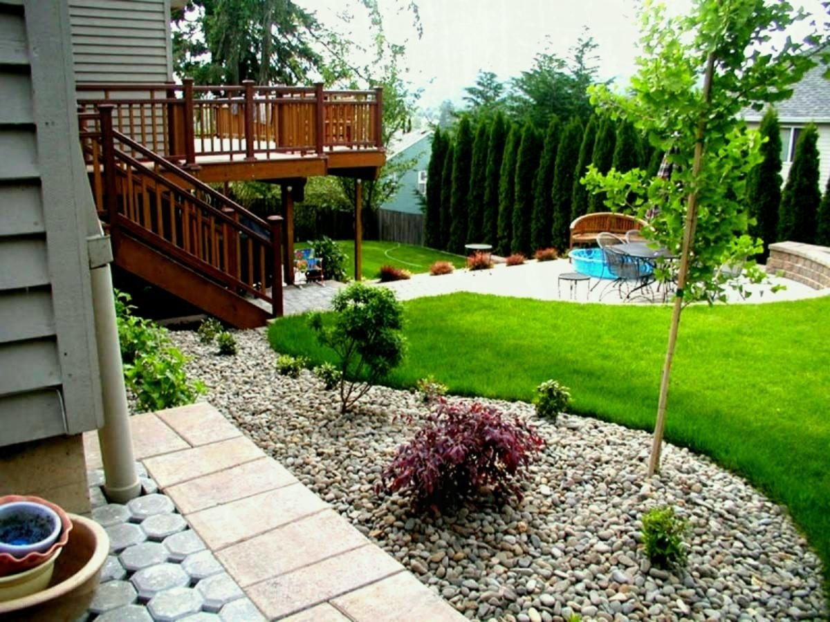 10 Stunning Landscaping Ideas Front Of House garden ideas front house plain landscaping design for simple of in 1 2020
