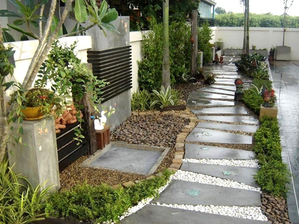10 Stylish Simple Front Yard Landscaping Ideas On A Budget ... on Landscaping Ideas For Front Yard On A Budget id=90997