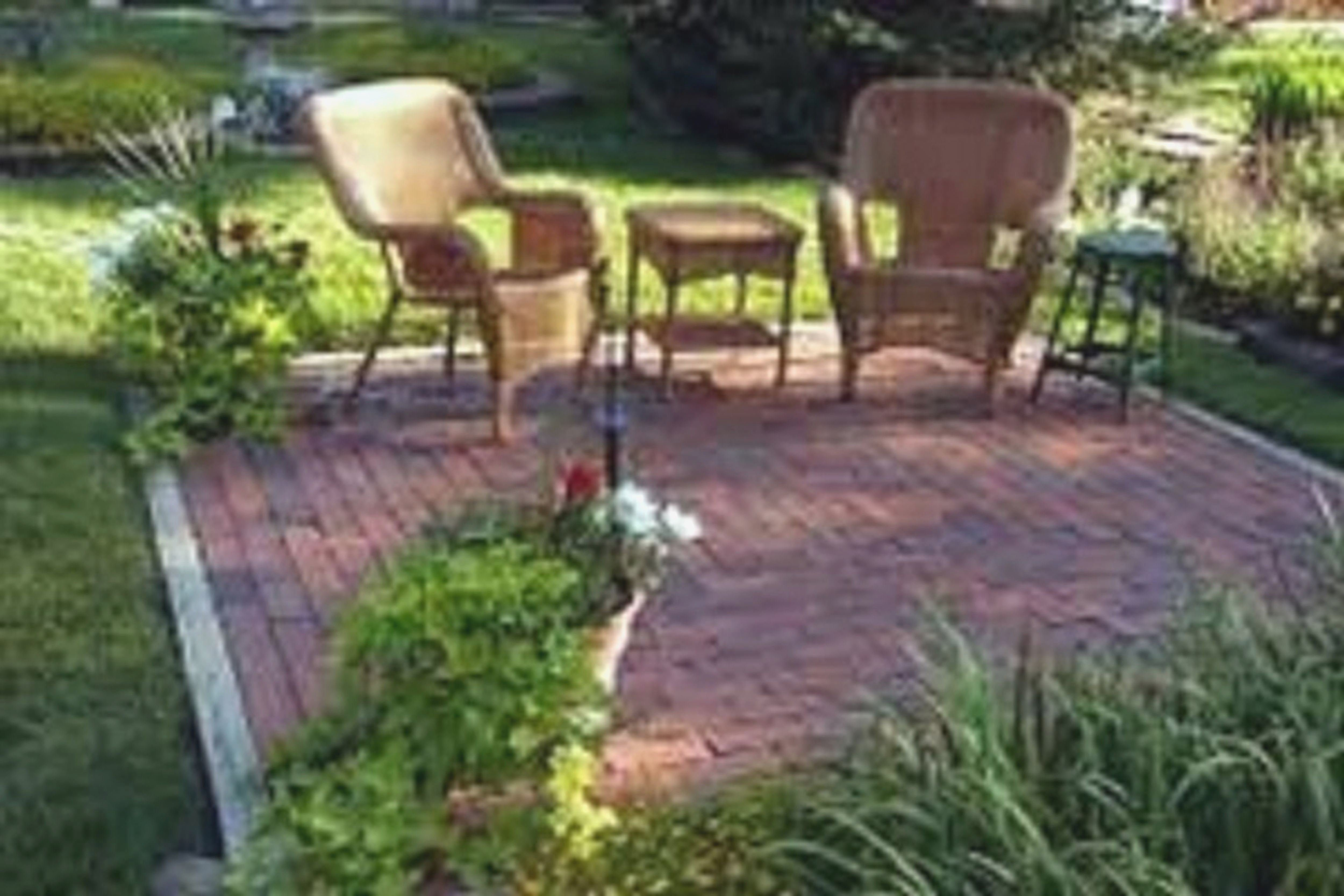 garden ideas on a budget - wonderful small backyard landscaping