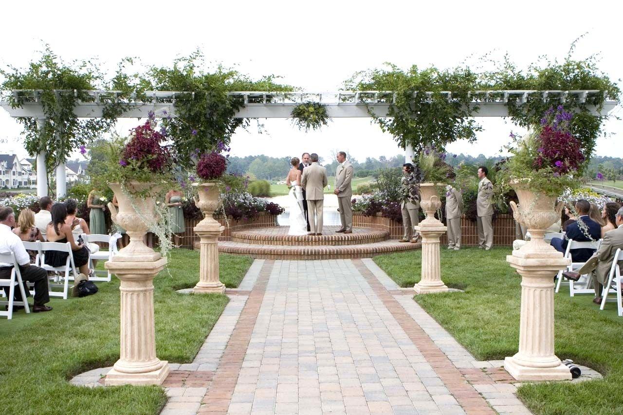 10 Wonderful Outdoor Wedding Ideas On A Budget 2020
