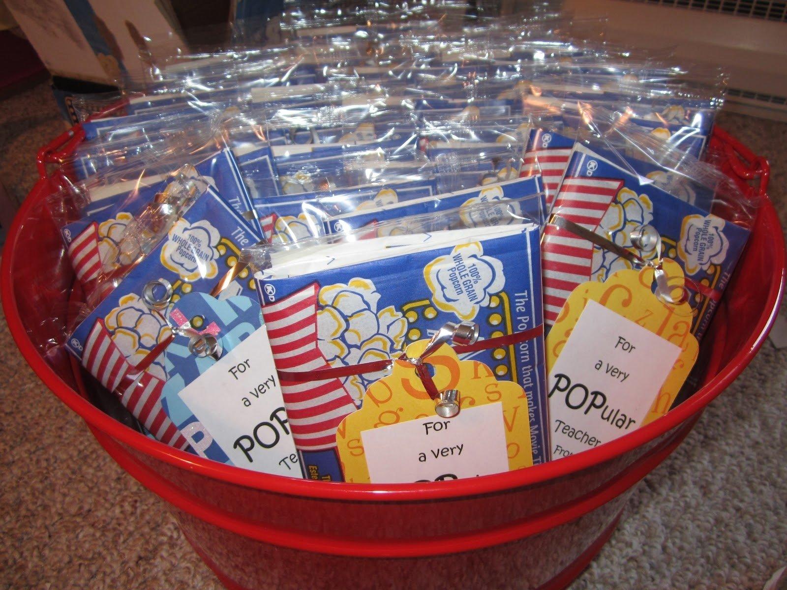 10 Fantastic Employee Appreciation Day Ideas Events gift ideas for nursing home staff jpg pixels craft ideas artonwheels