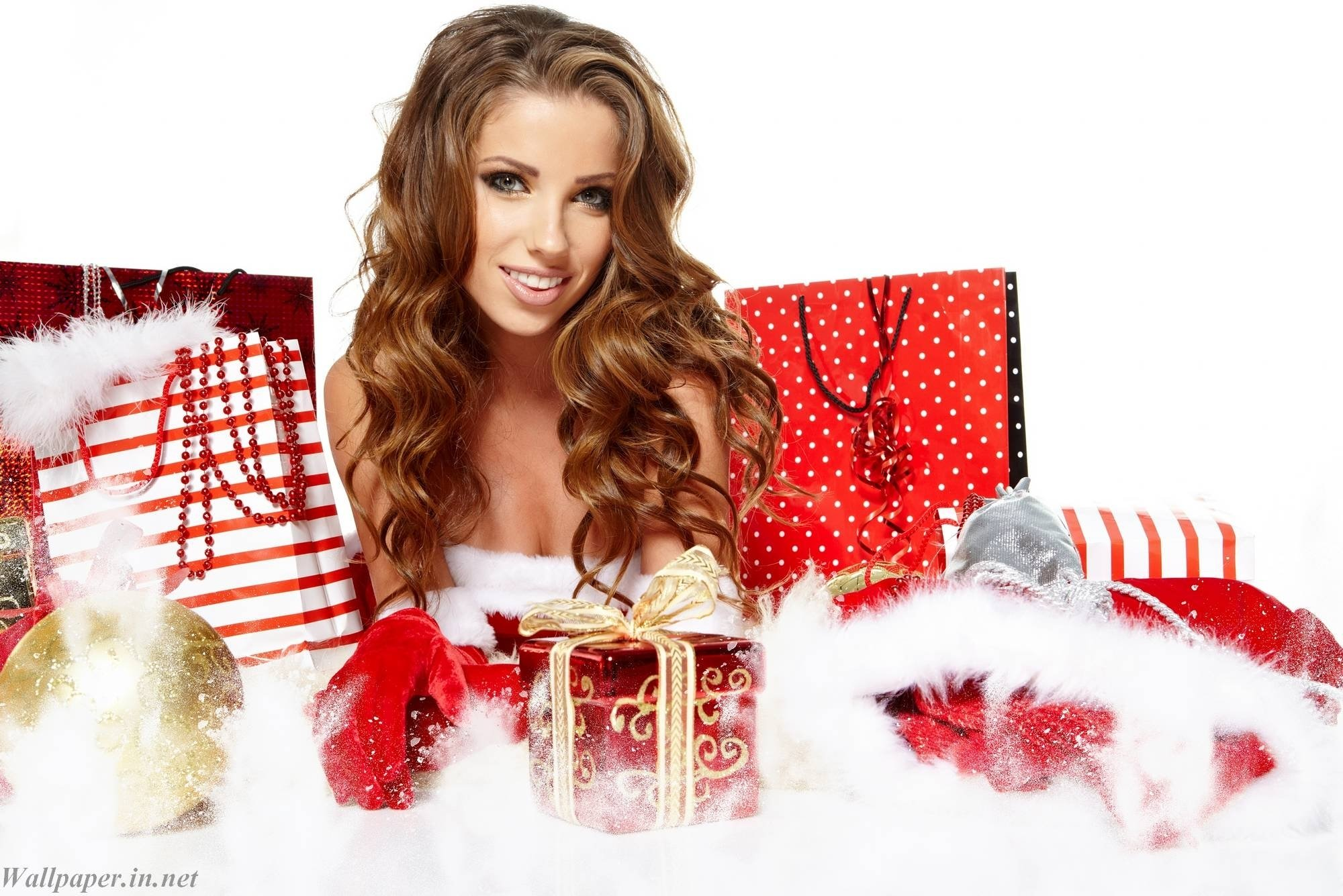 10 Gorgeous Xmas Gift Ideas For Wife gift ideas wife for christmas hd wallpapers 2021
