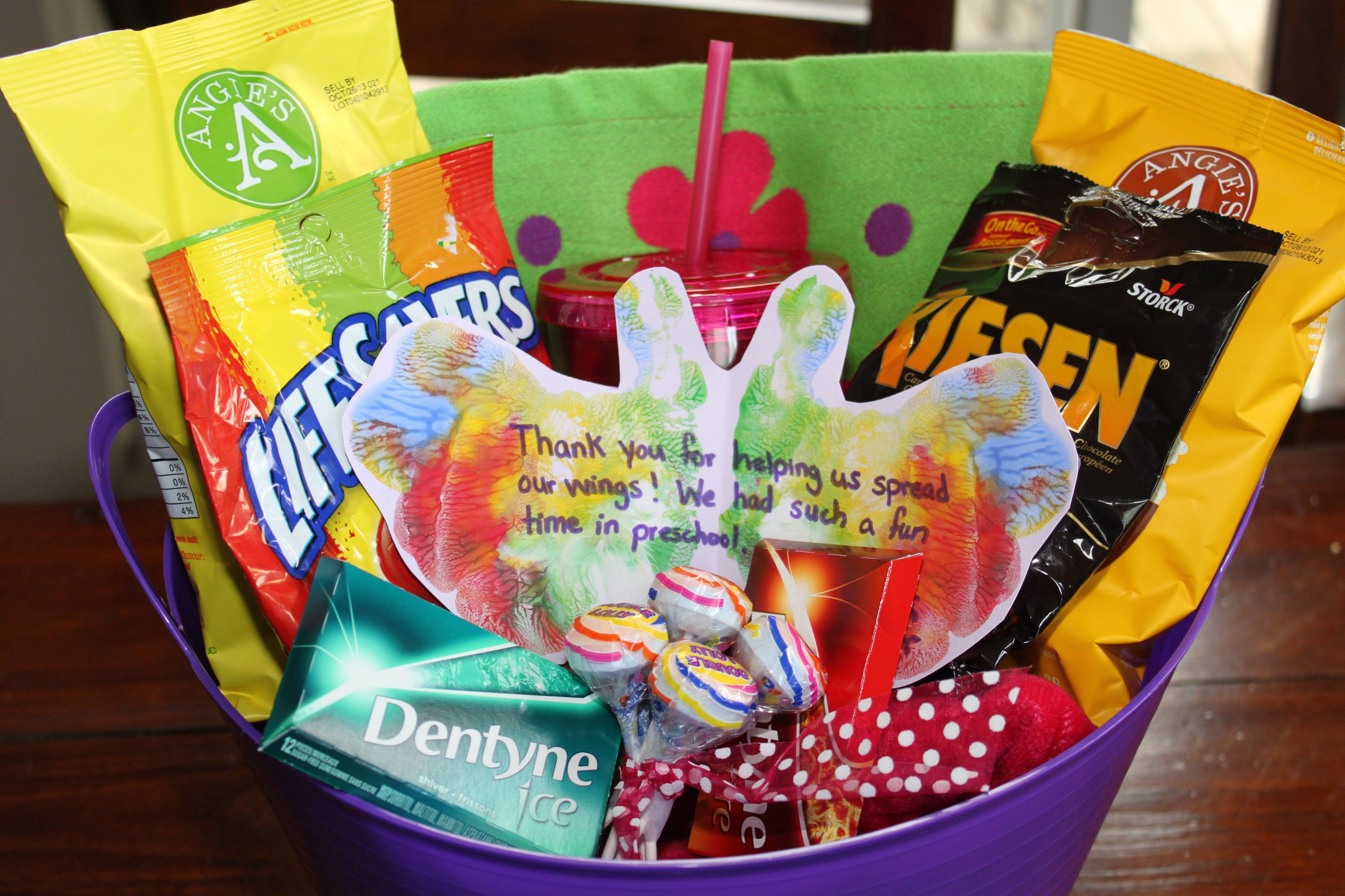 10 Great Gift Basket Ideas For Teachers gifts 2021