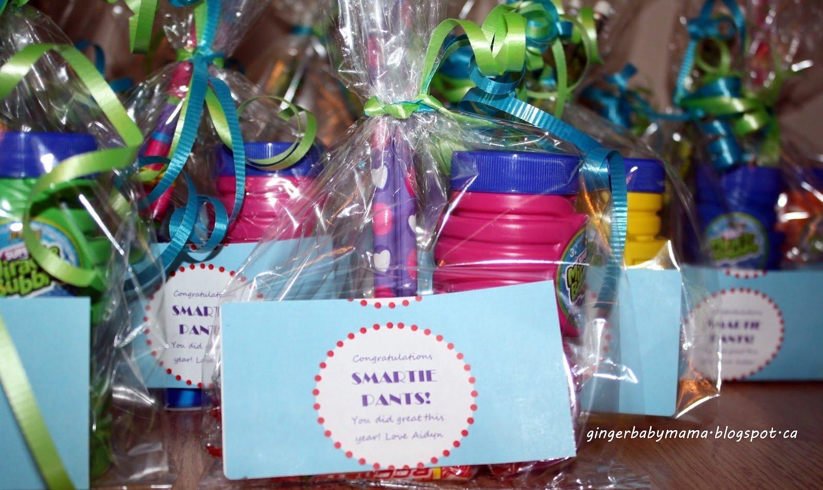 10 Great Gift Ideas For Kindergarten Graduation gingerbabymama kindergarten graduation presents