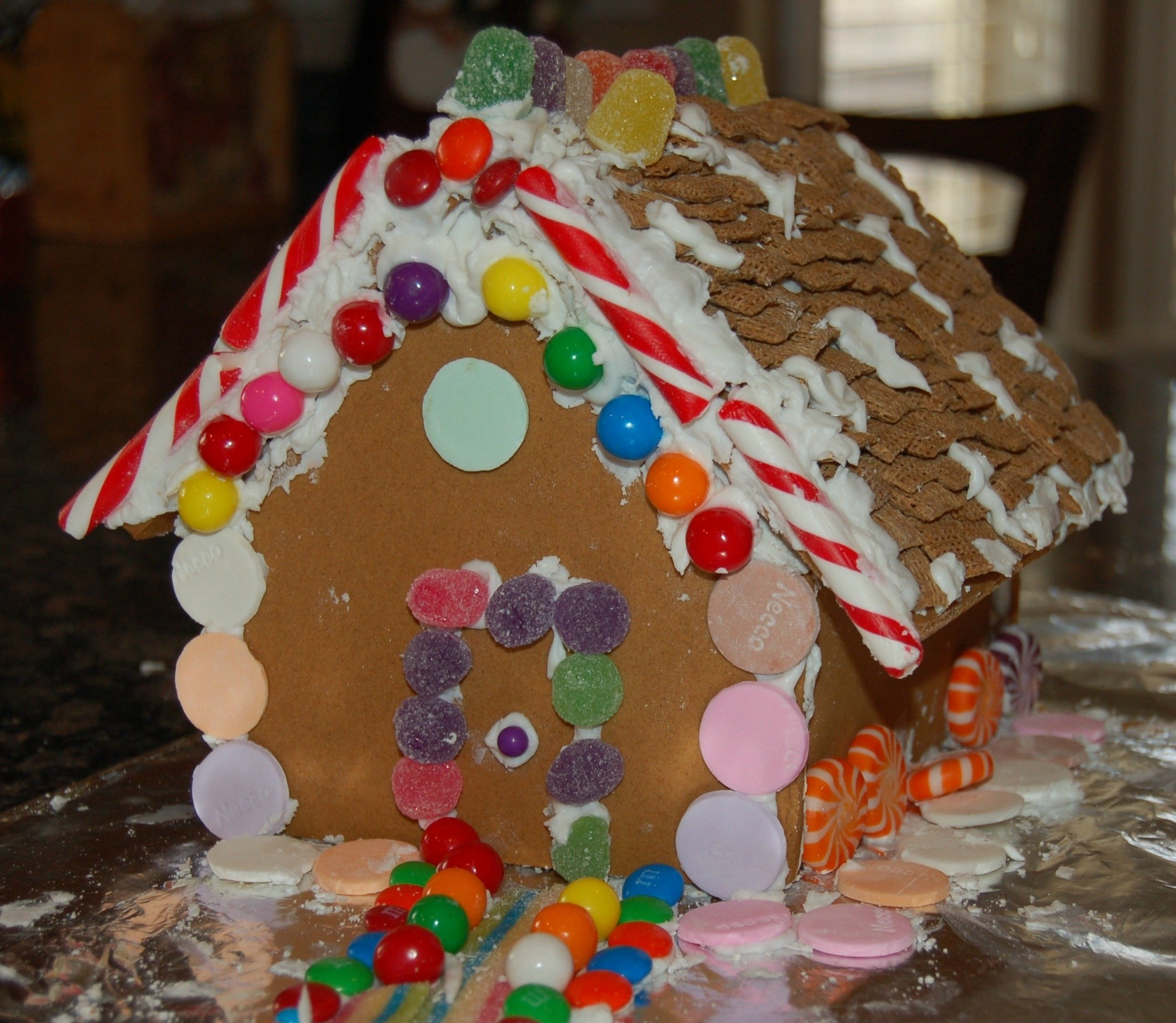 10 Wonderful Gingerbread House Ideas For Kids gingerbread houses ronald mcdonald house charities and the season 2020