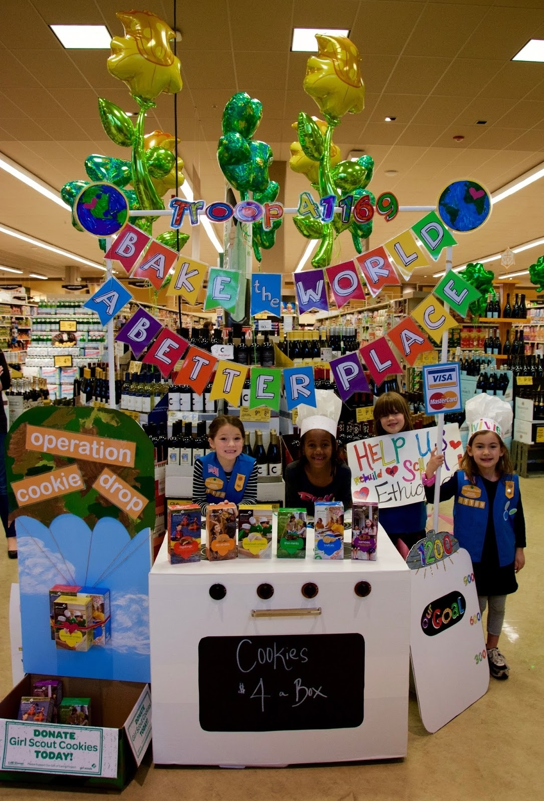 10 Unique Girl Scout Cookie Booth Ideas %name