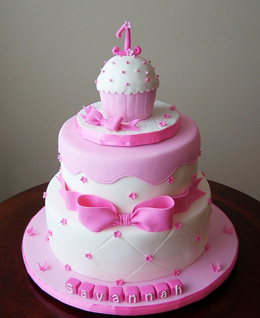 10 Pretty Birthday Cake Ideas For Girls