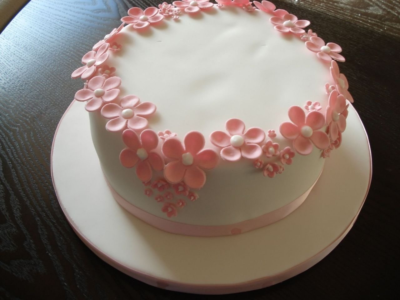 10 Pretty Birthday Cake Ideas For Girls girls birthday cake ideas pink flowers cake ideas pinterest 2021