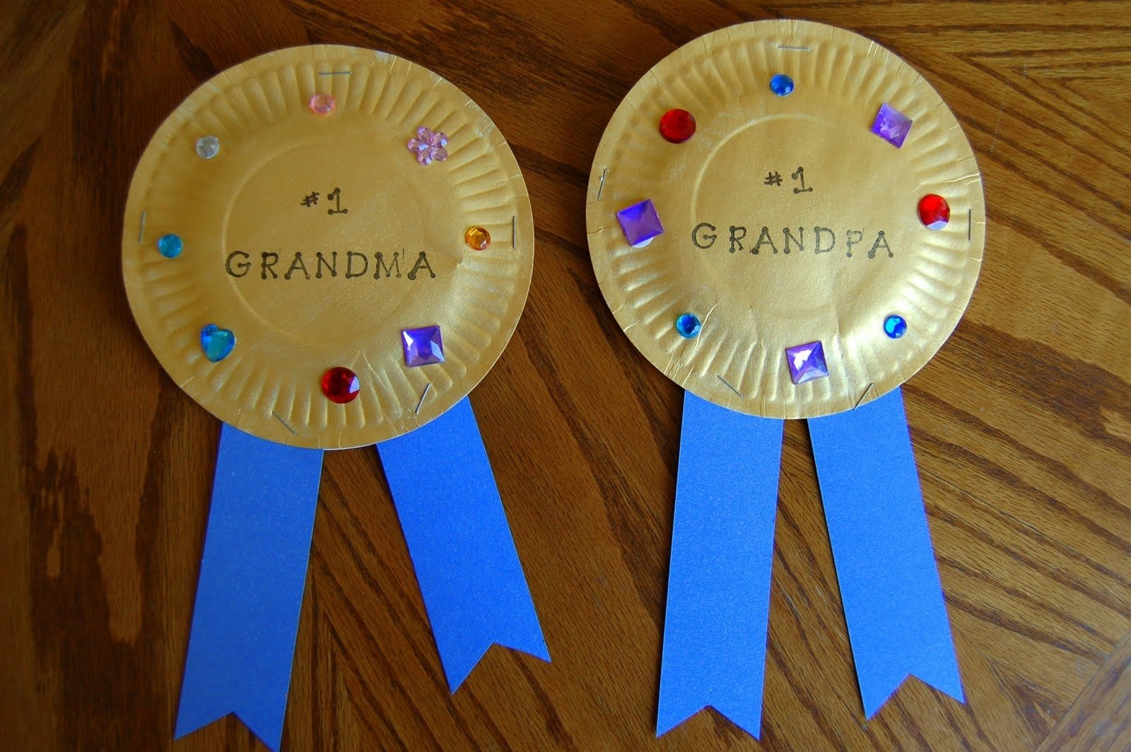 10 Unique Grandparents Day Ideas For School grandparents day craft grandparents crafty and craft 2020