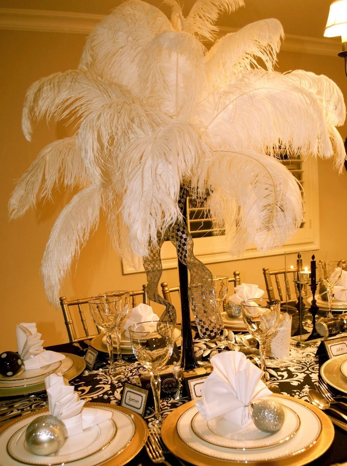 10 Fashionable The Great Gatsby Party Ideas great gatsbyparty decorations a great gatsby party would be fun 2020