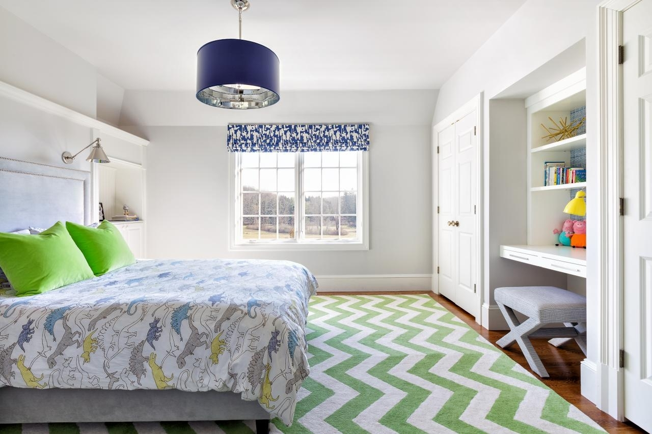 10 Attractive Blue And Green Bedroom Ideas %name 2021