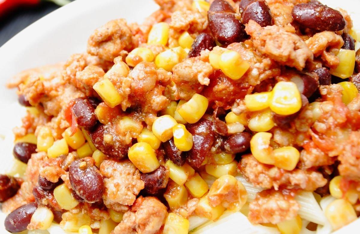 10 Pretty Dinner Ideas For Ground Turkey ground turkey black bean and corn chili recipe sparkrecipes 1