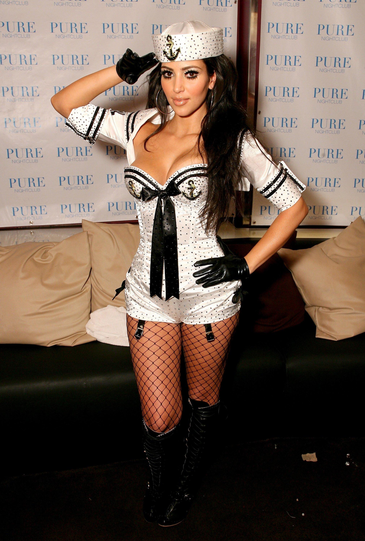 10 Unique Kim Kardashian Halloween Costume Ideas halloween costume burlesque pin up saloon girl costumes 2020