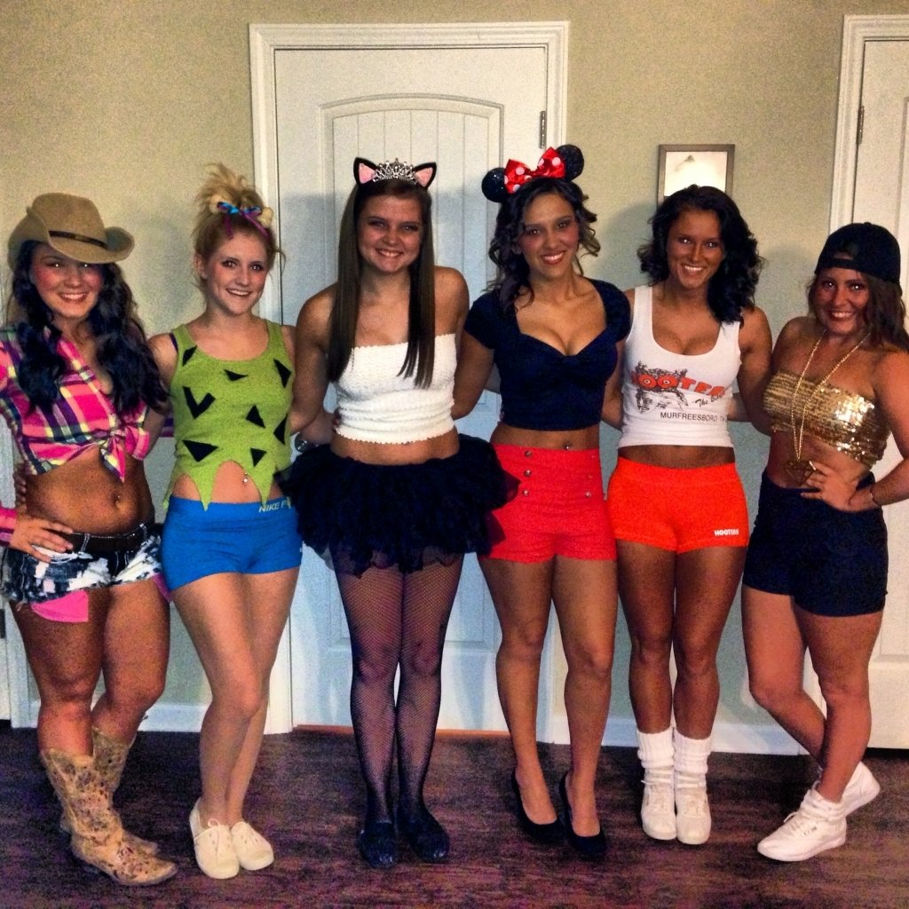 10 Attractive Halloween Costume Ideas For College Girls halloween costume ideas for college students clothing trends 2021