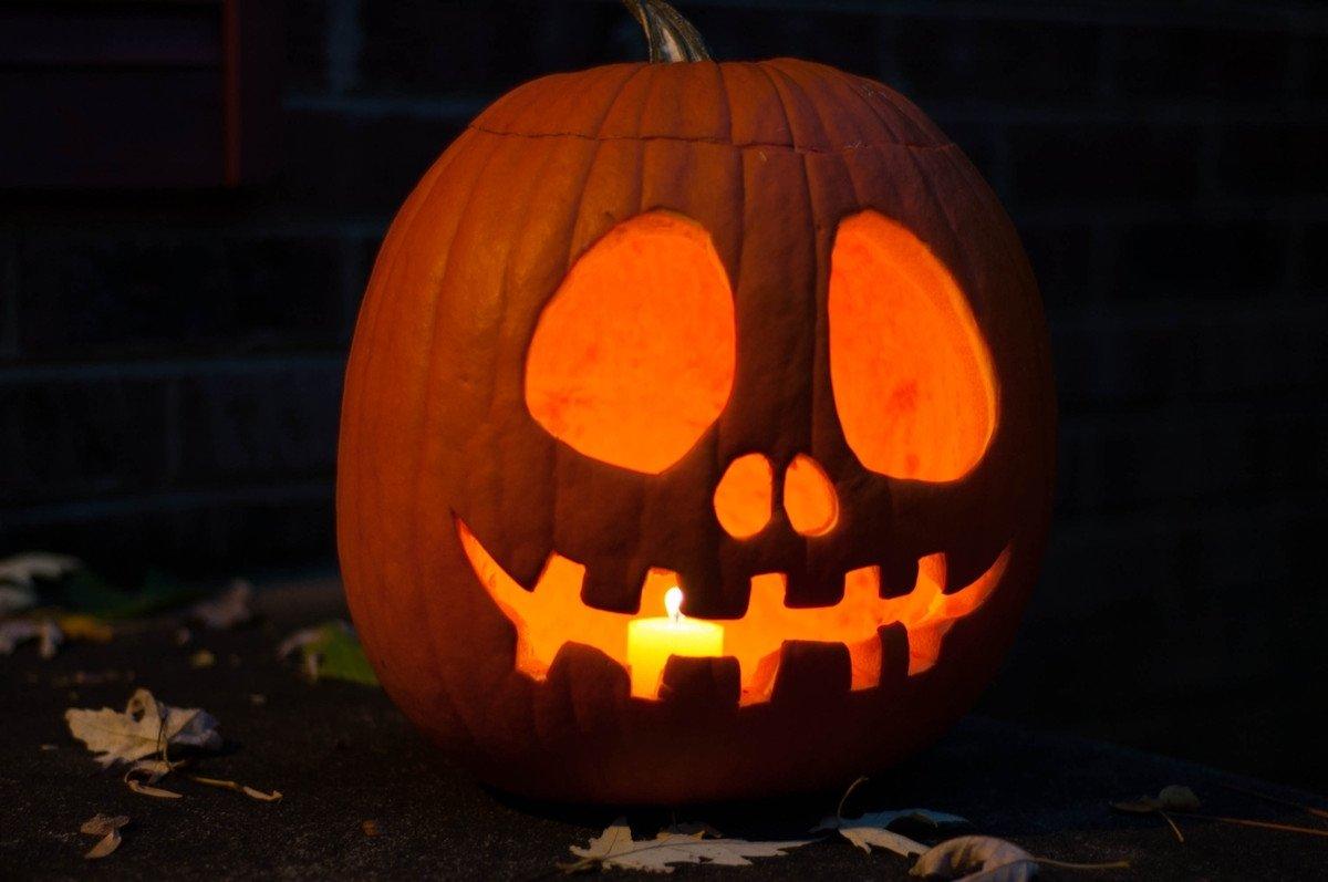 10 Wonderful Easy Cute Pumpkin Carving Ideas halloween easy pumpkin carving ideas 2017 scary pumpkin face 2021