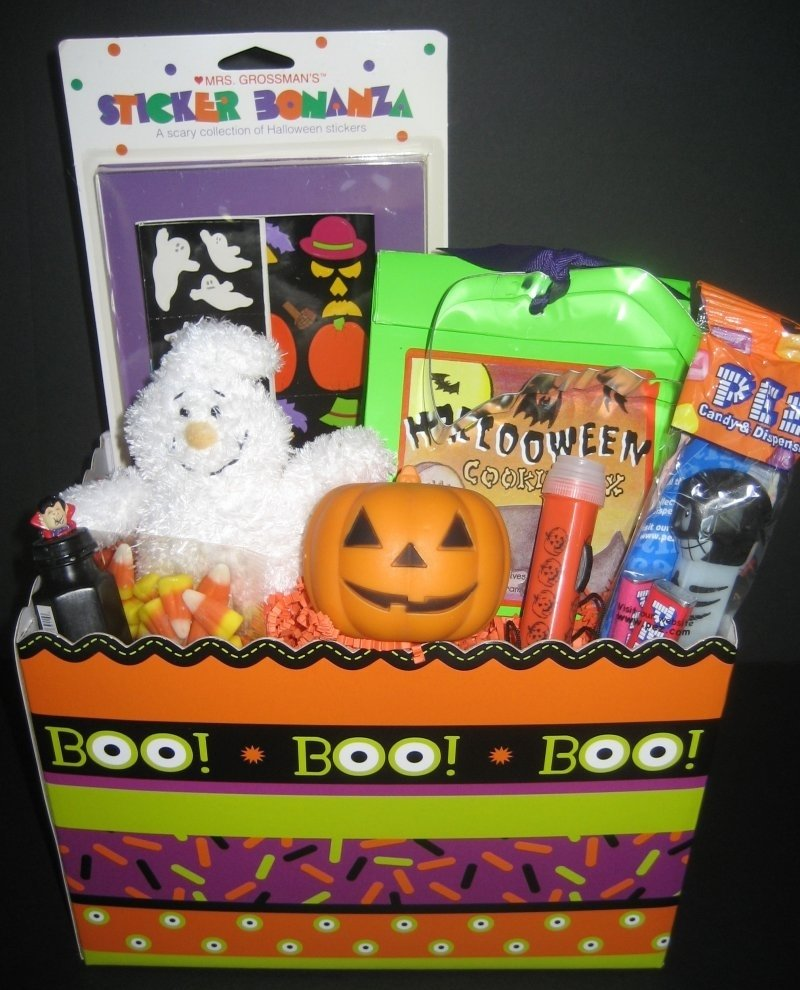 10 attractive halloween gift ideas for kids halloween gift basket for kids basket ideas pinterest gift