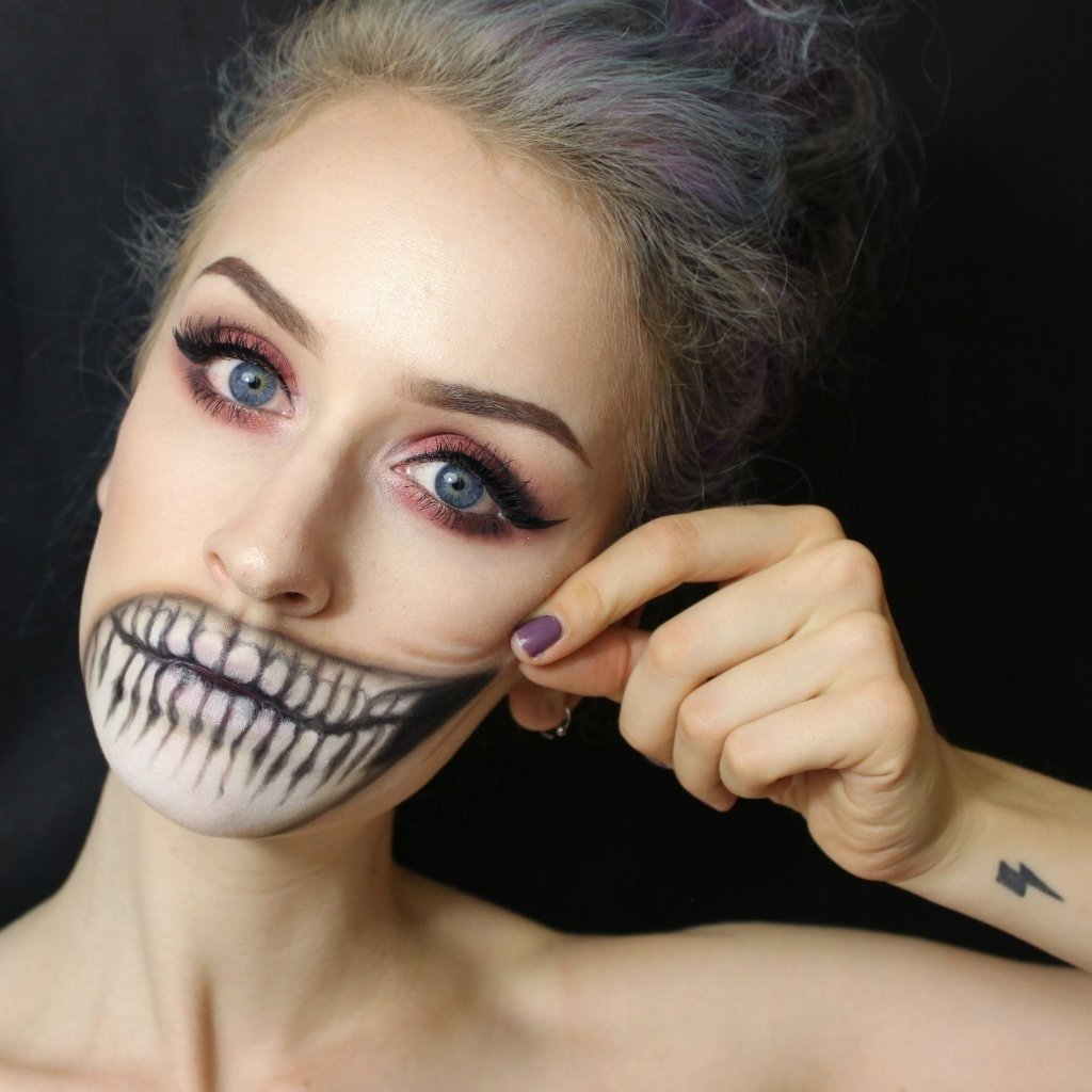 10 Awesome Cool Makeup Ideas For Halloween halloween makeup ideas from reddit popsugar beauty 1 2021