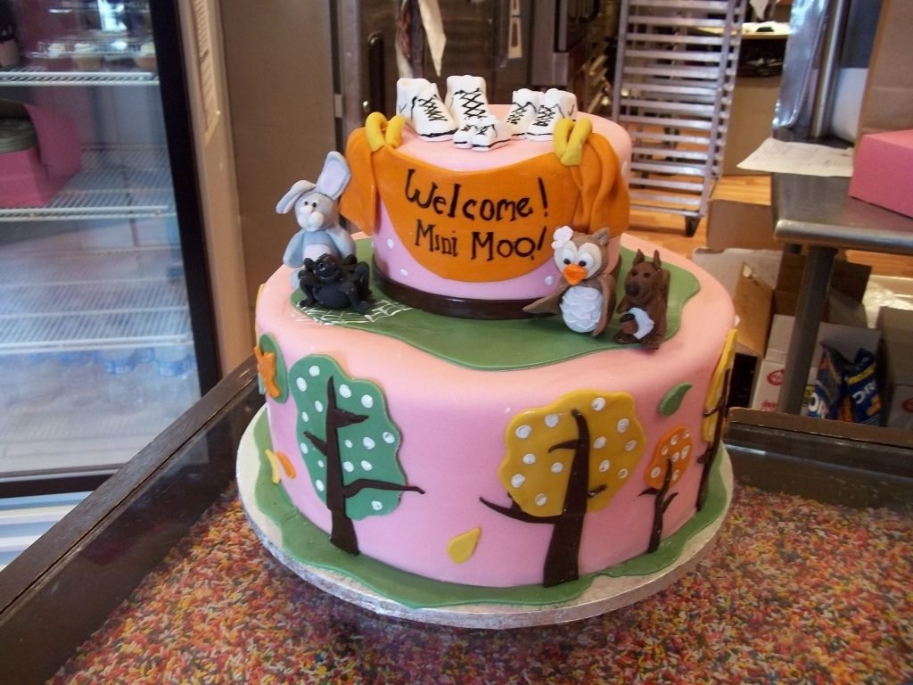10 Fantastic Halloween Themed Baby Shower Ideas halloween themed baby shower ideas halloween halloween baby shower 2020