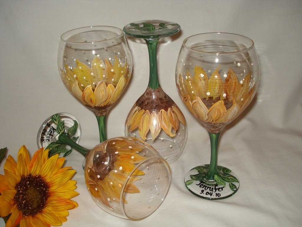 10 Fabulous Hand Painted Wine Glasses Ideas hand painted decorated wine glass home decor furniture 2020