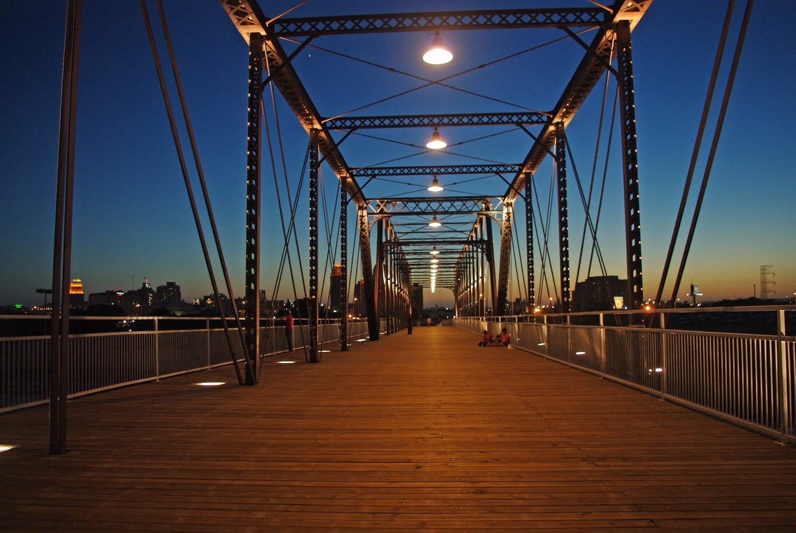 10 Stylish Date Ideas In San Antonio hays street bridge amazing views and really nice architecture
