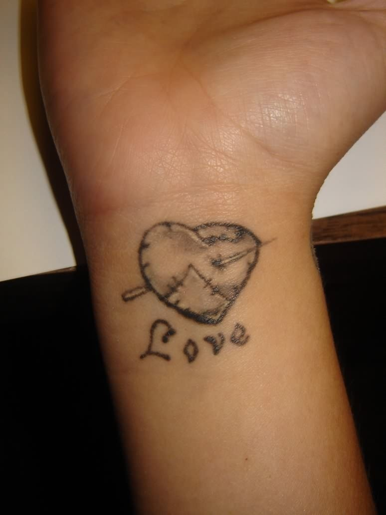 10 Nice Wrist Tattoo Ideas For Girls heart tattoos for wrists for younger girls tattoomagz 2021