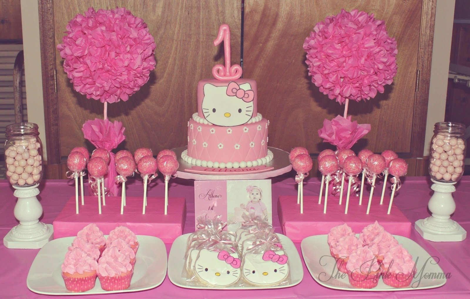 hello kitty party decorations ideas : cute hello kitty party