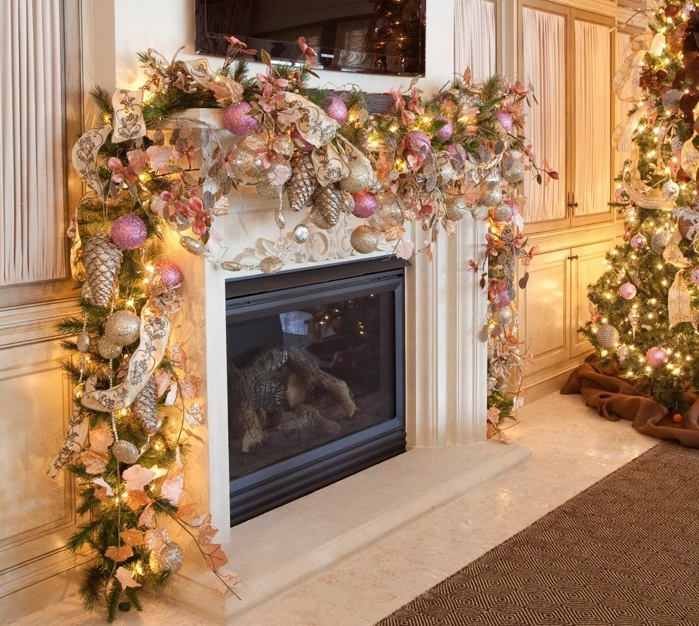 10 Wonderful Christmas Decorating Ideas For Mantels holiday decorating the best inspirational spaces banisters 1 2020