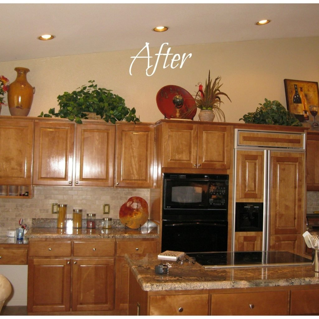 home decorating ideas above kitchen cabinets | http://avhts
