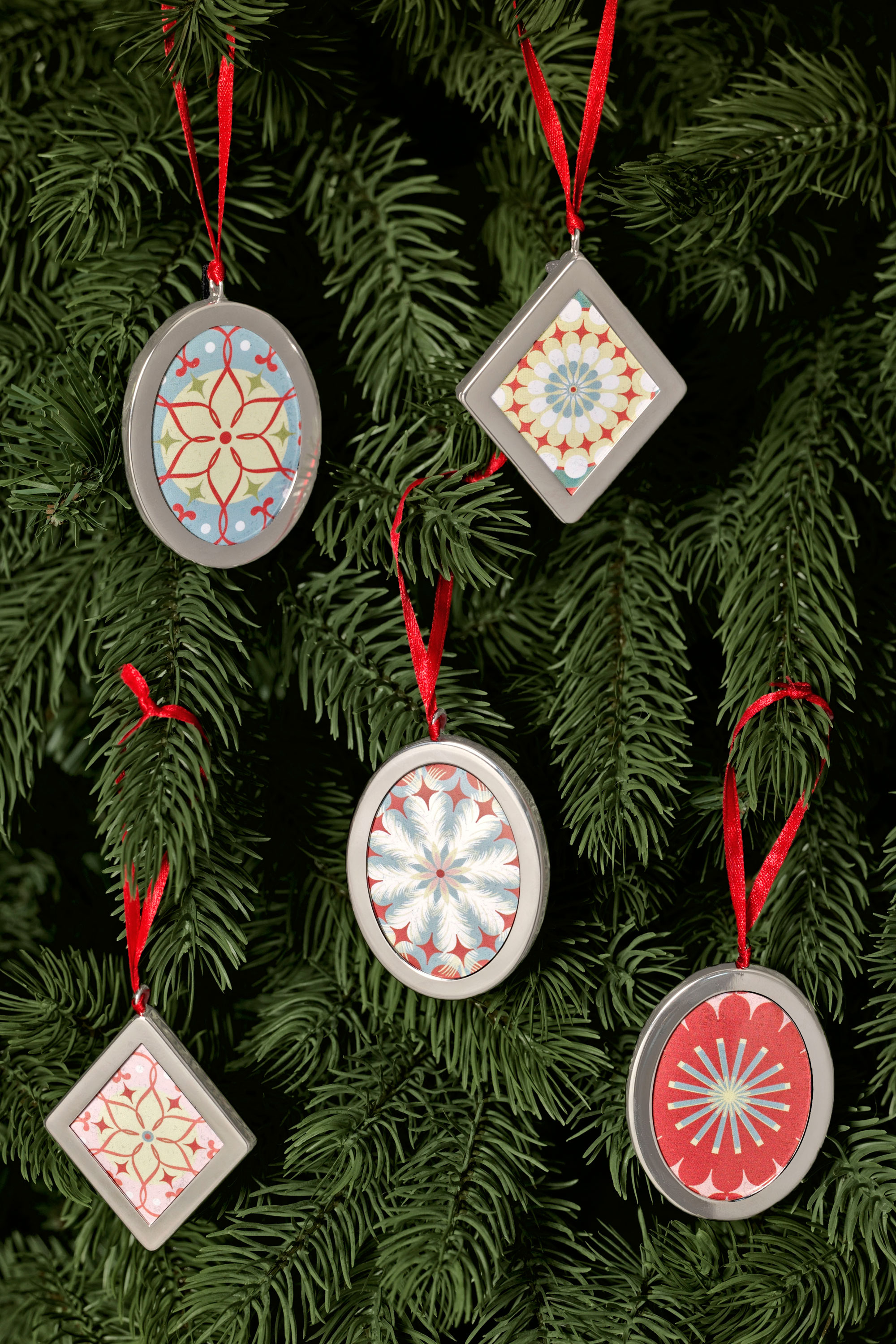 10 Attractive Ideas For Christmas Decorations To Make homemade christmas tree decoration ideas apartmanidolores