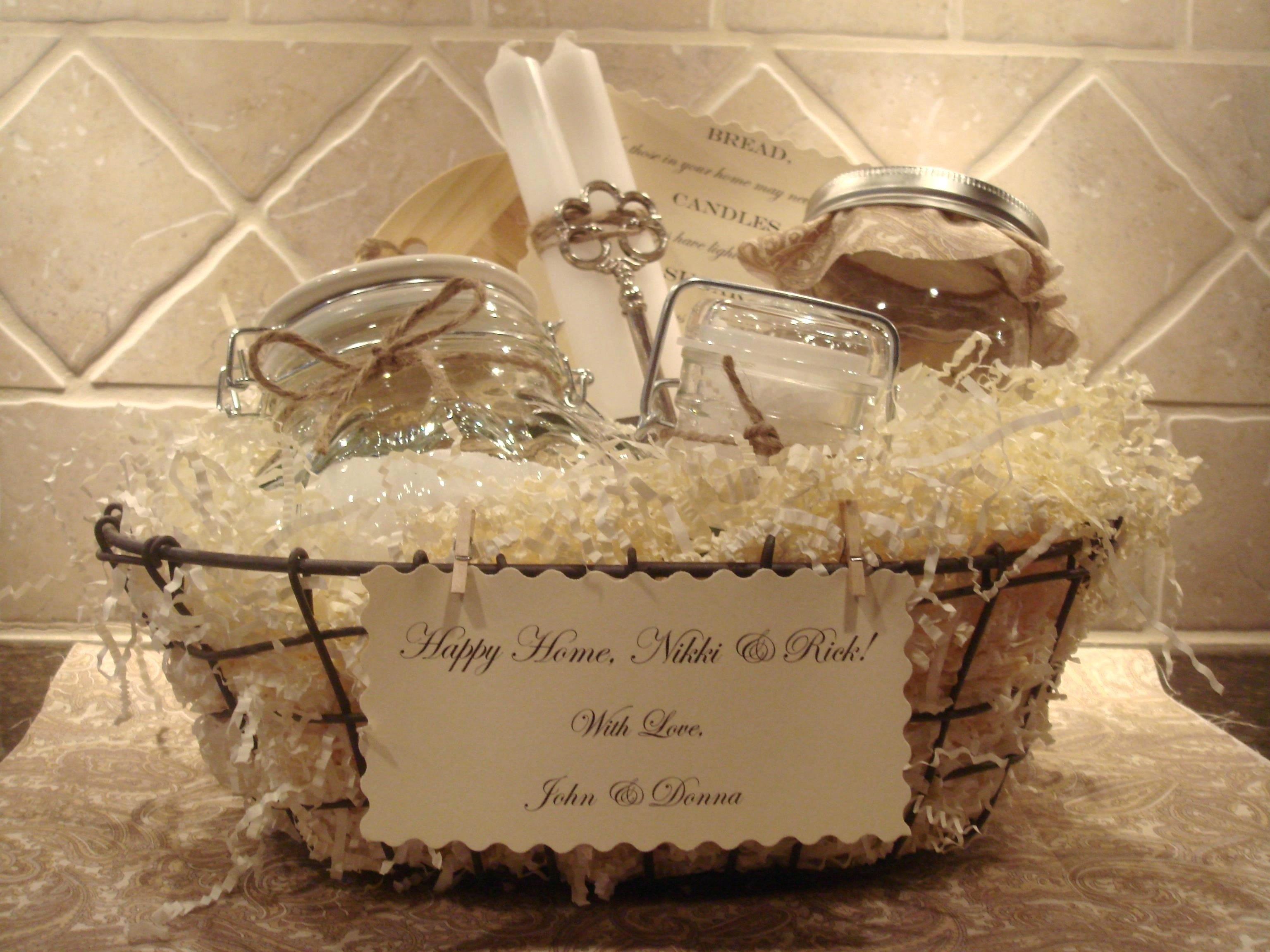 10 Attractive Housewarming Gift Ideas For Couple housewarming gift ideas for couple in couples inspirations cool 1 2021