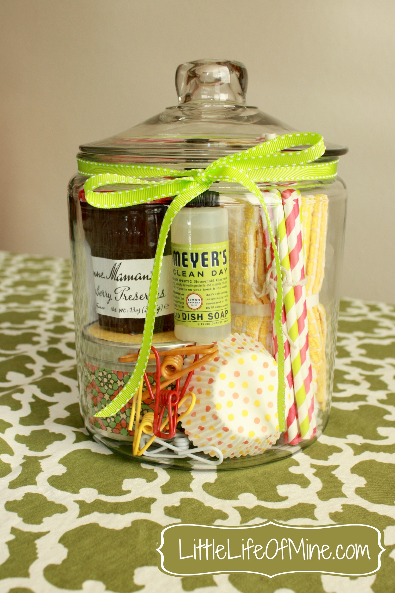 10 Lovely Housewarming Gift Ideas For Women housewarming gift in a jar littlelifeofmine 3 2020