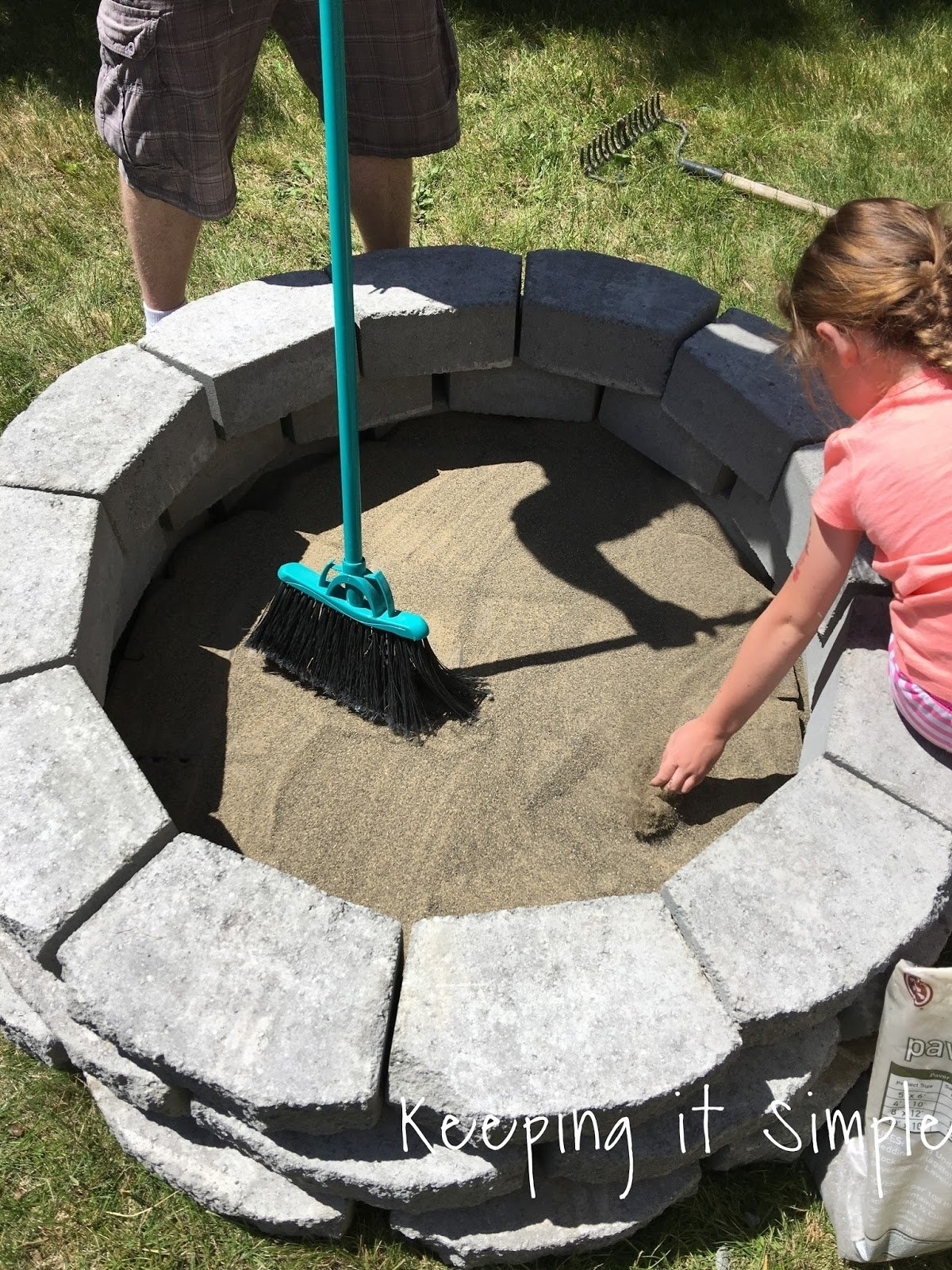 10 Beautiful Simple Backyard Fire Pit Ideas how to build a diy fire pit for only 60 e280a2 keeping it simple 2 2021