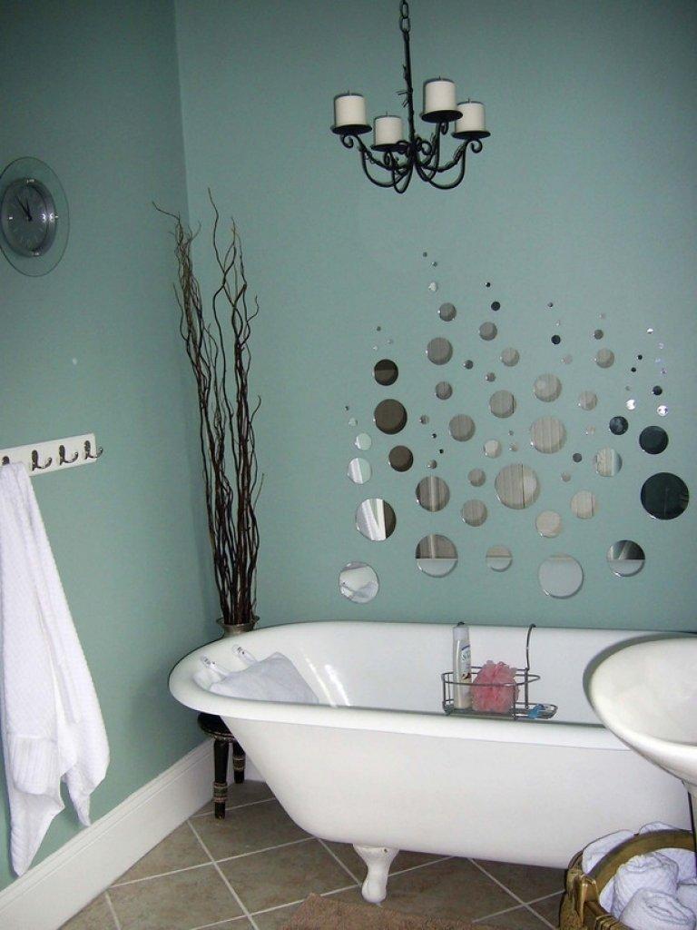 10 Cute Bathroom Decor Ideas On A Budget how to decorate a bathroom on a budget small bathroom decorating 2020