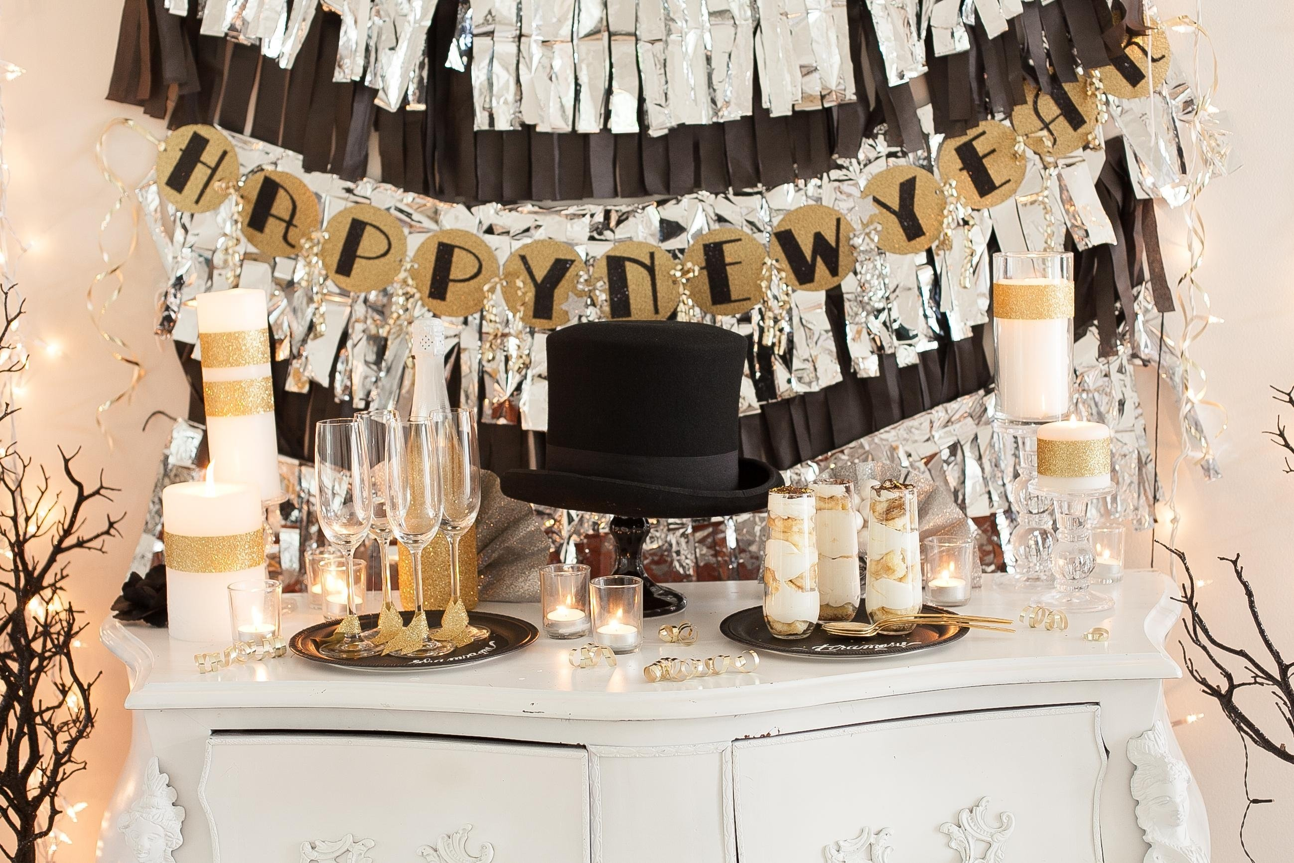 10 Lovely New Year Theme Party Ideas how to host a new years eve party celebrate decorate 2020