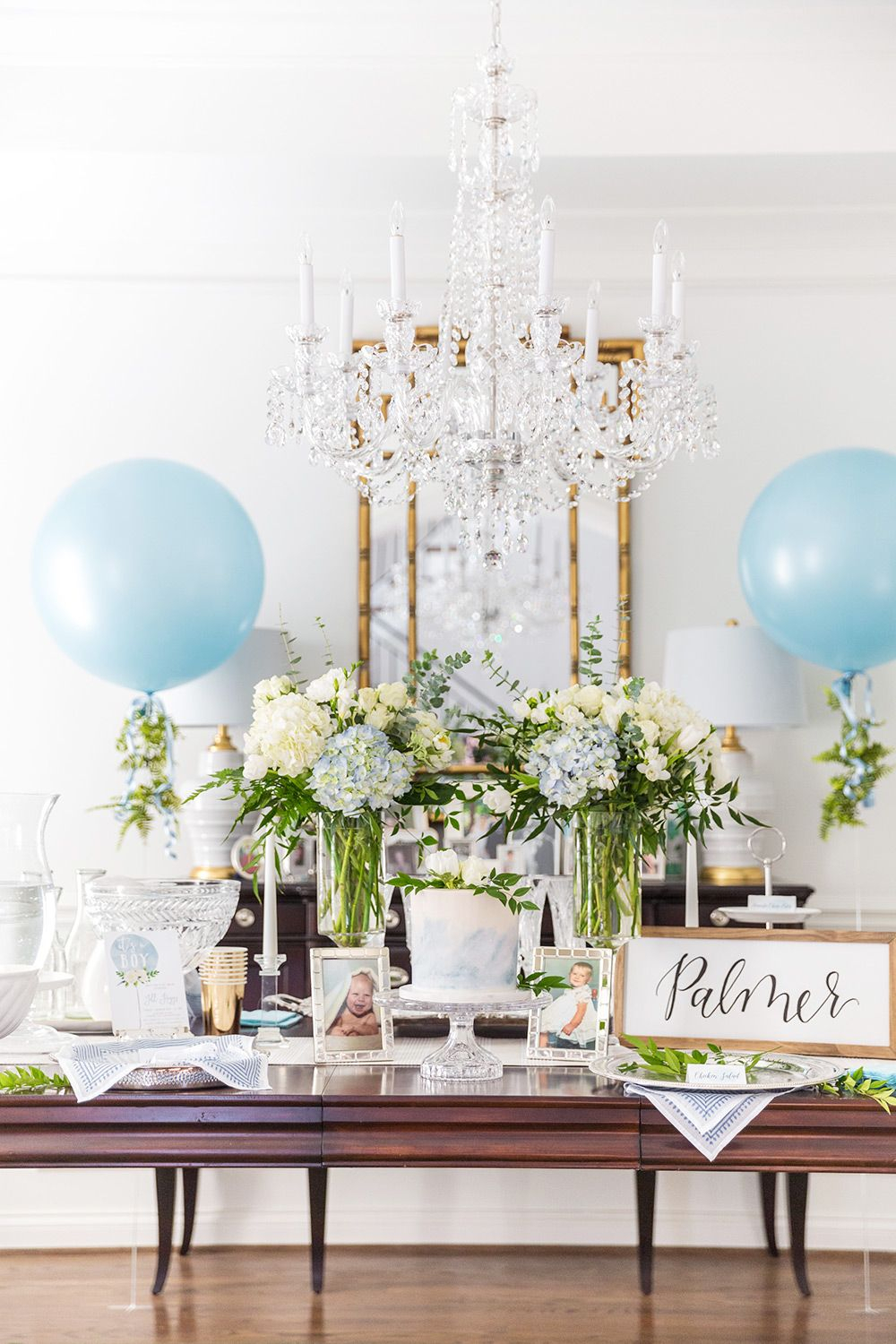 how to host an elegant blue and white baby shower | baby shower